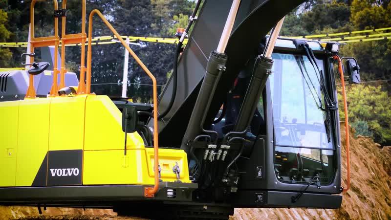 Новый гусеничный экскаватор Volvo EC200E класса 20 тонн займет место между EC220E и EC180E