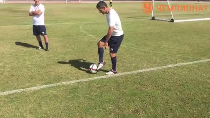 5 упражнений на технику владения мячом Работа внешней стороной стопы Чемпиона