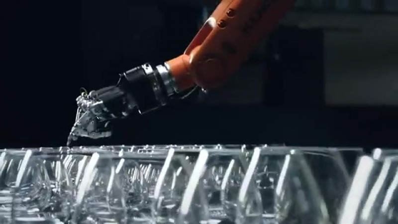 The Revenge_ Timo Boll vs. KUKA Robot