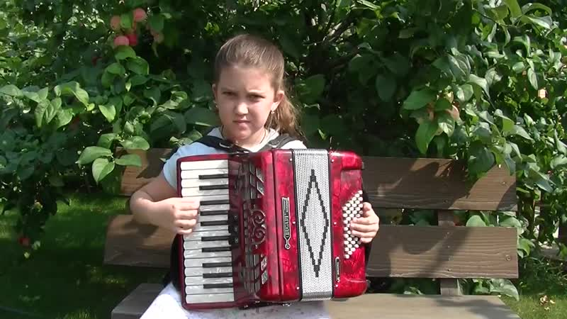 Выйду ль я на реченьку Алина 9 лет аккордеон-1.mp4