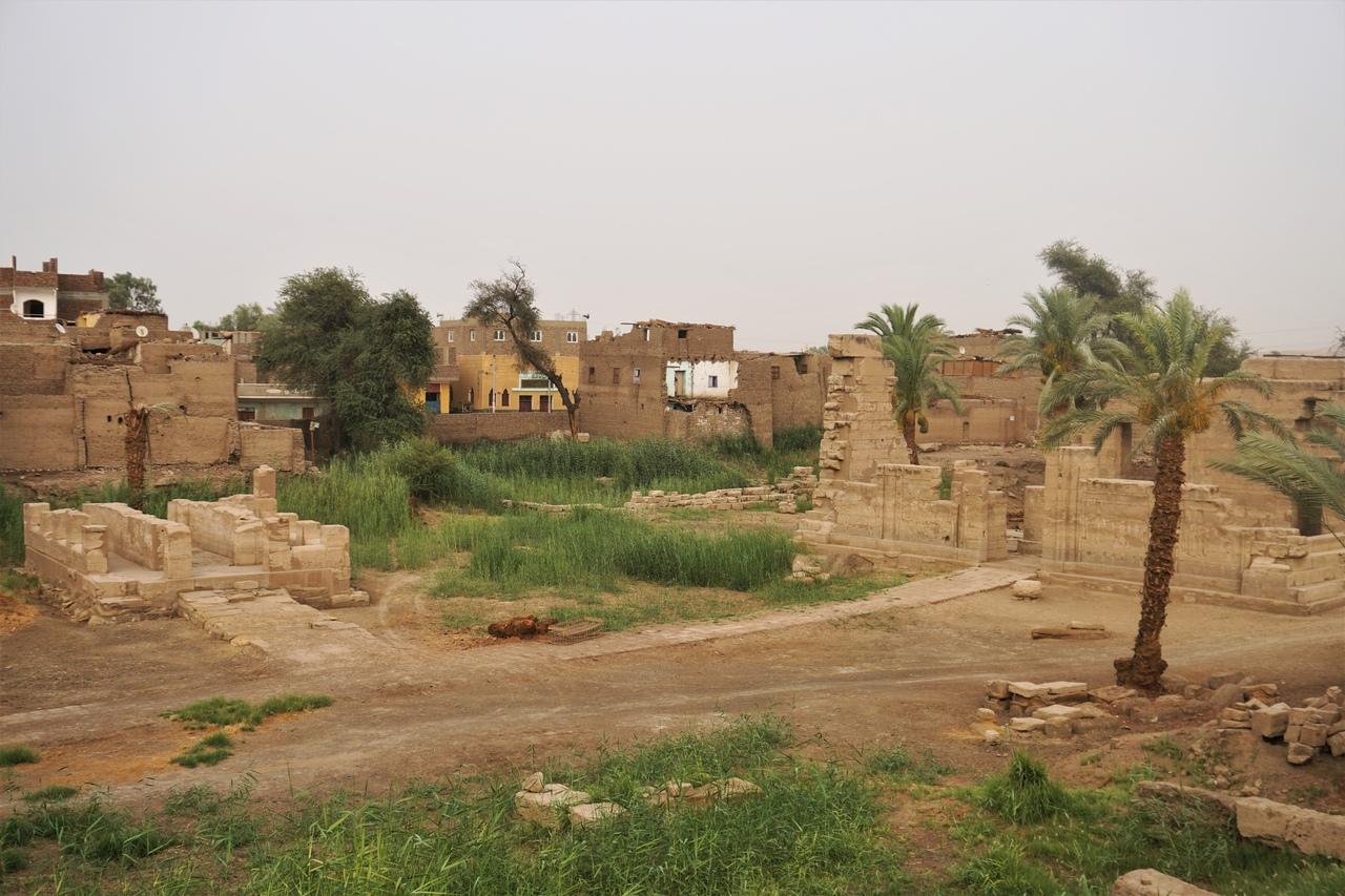 Древнеегипетский храм бога Монту в Эль-Тоде