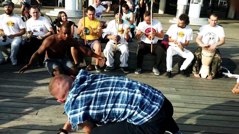 Capoeira JOGO DURO malandragem e respeito Mestre Pepeu FGR Prof. Mandingueiro CDO