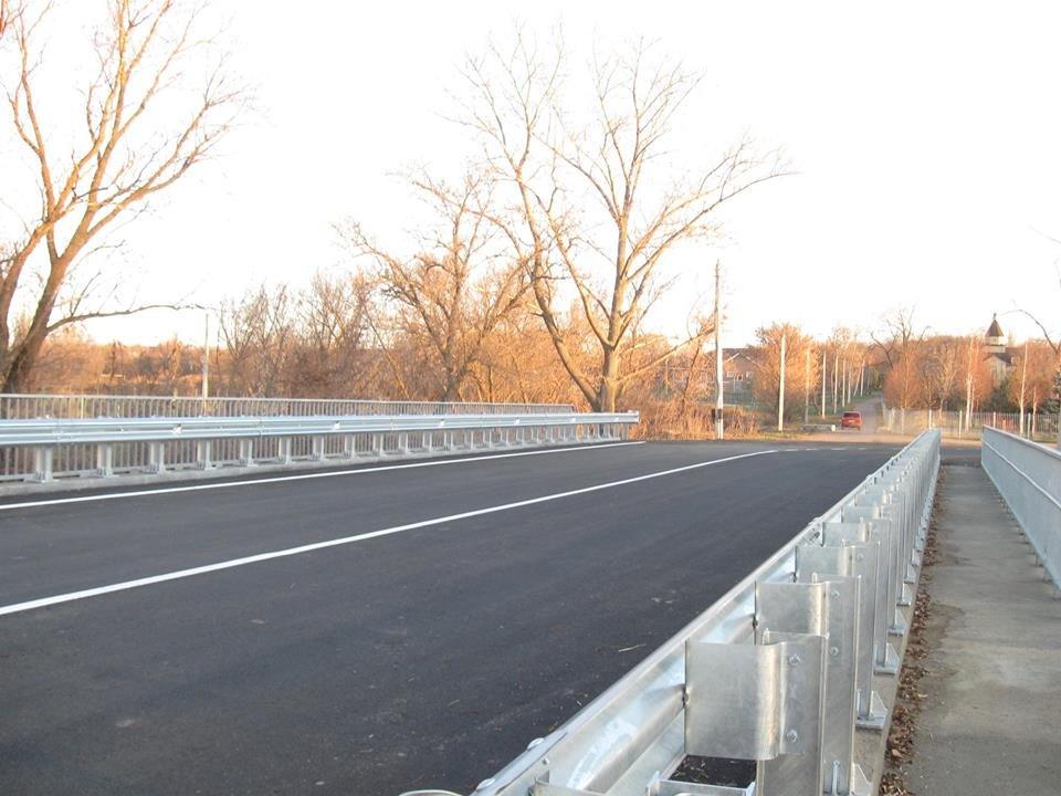 В Славянском районе закончился ремонт моста 1968 года