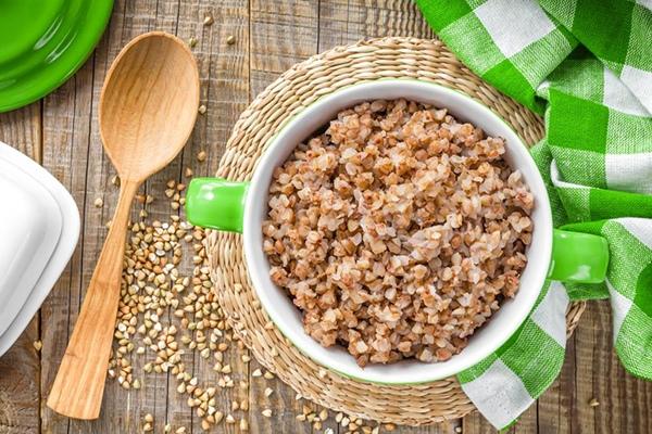 Кефирно-гречневая диета на 7 дней. Суть диеты, меню и личный опыт.