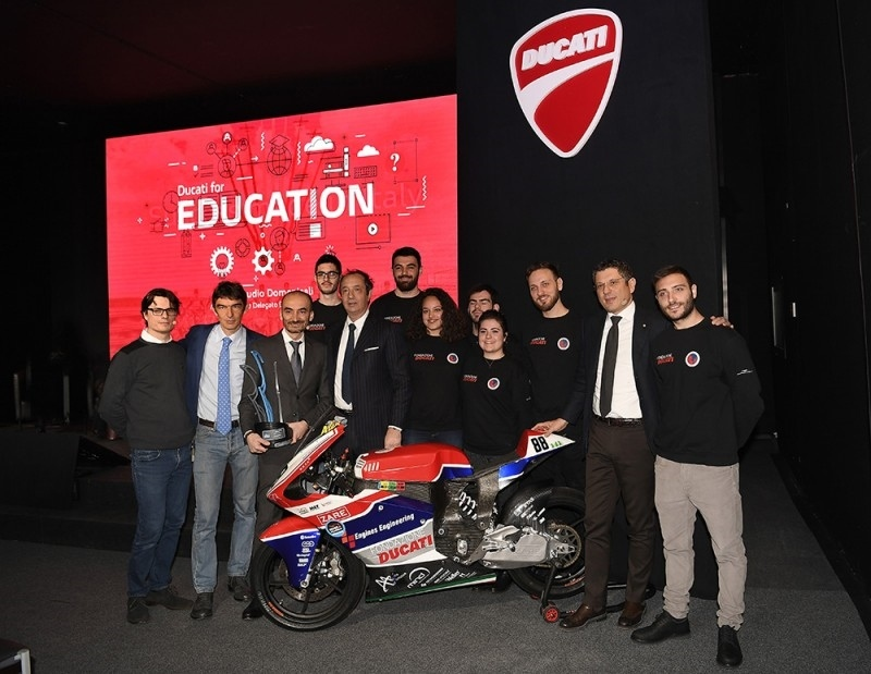 Электроцикл Ducati, разработанный студентами