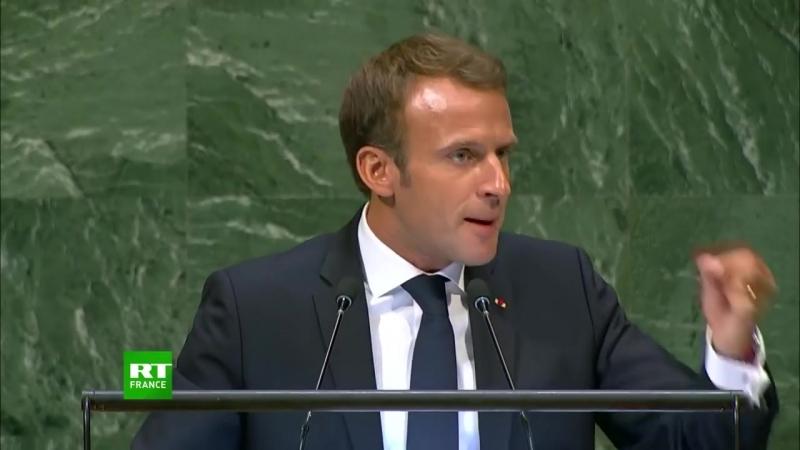 Macron sénerve et tape du poing sur le pupitre à l'Assemblée générale de l'ONU - 25/09/2018