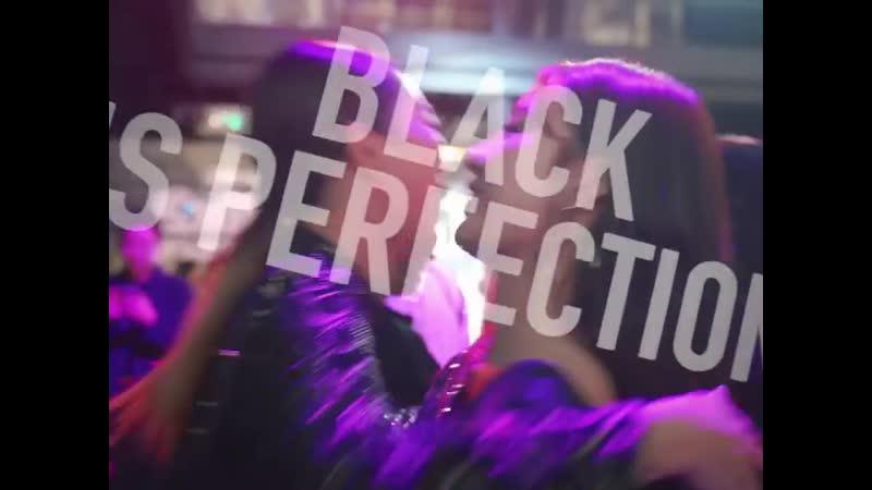 제니, 이사배, 공명, 이태환, 김용지 등 많은 셀러브리티들이 자리를 빛낸 핫한 이곳은 바로, 쿠션계의 강자였던 블랙쿠션을 잇는 헤라의 NEW BLACK '블랙파운데이션'시크릿 언베일링 파티 현장! 블랙을 테마로 한 시크릿 파티