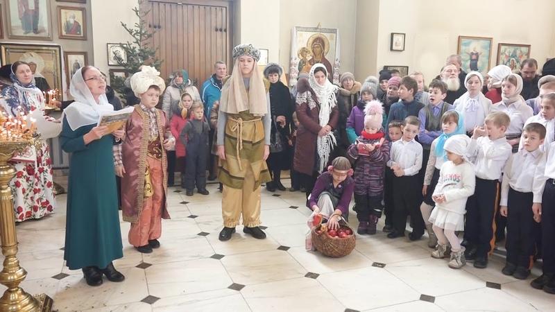 Выступление Воскресной школы в кафедральном Благовещенском соборе г.Арсеньева