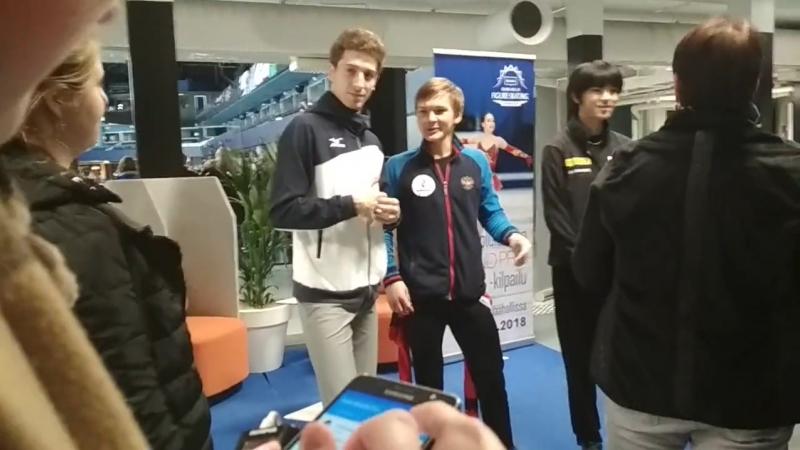 Миша, Морис, Чжун Хван Ча и журналисты - Finlandia Trophy 2018