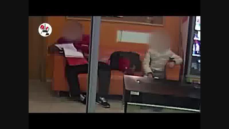 ТАУ - Фитнес-тренер мастурбировал не снимая штанов?