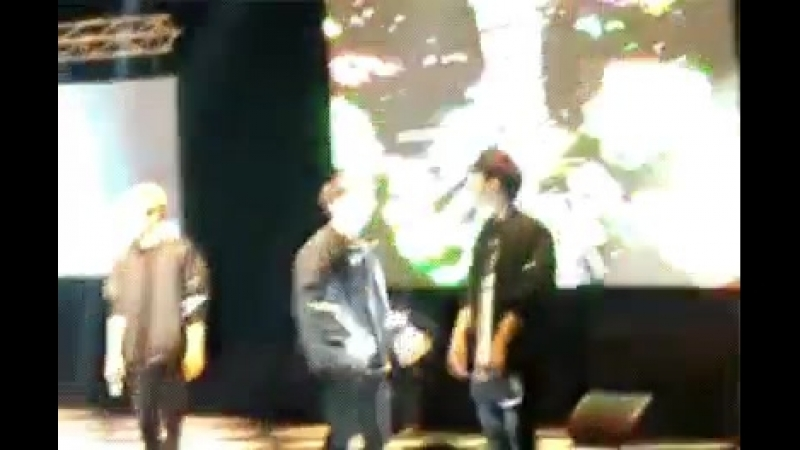 Woohyun dance in front of no one except Sunggyu. Thats why its special Woogyu.mp4