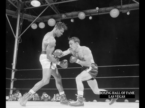 Carmen Basilio Beats Sugar Ray Robinson This September 23 1957 Wins Middleweight Crown