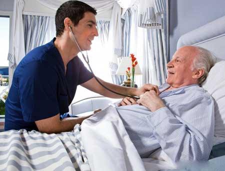 Госпитализация требуется немедленно, когда появляется опистотонус.