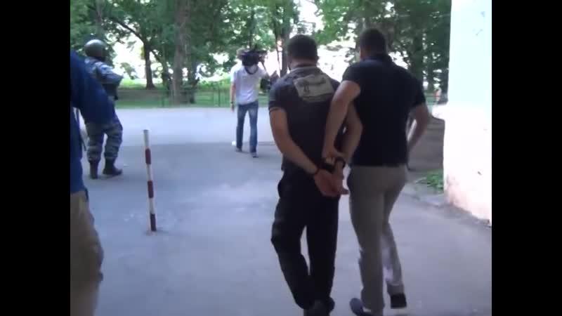 Жёсткое задержание наркобарыг оперативная съёмка