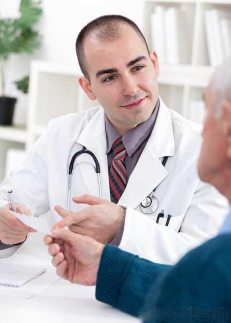 Опыт врача важно учитывать при поиске врача желудка шунтирования.