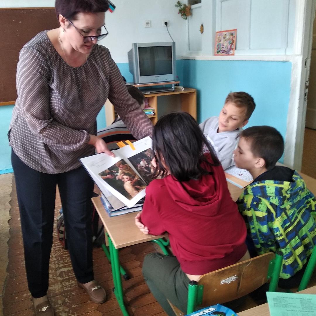 день победы, читаем детям о войне, произведения о войне, донецкая республиканская библиотека для детей, отдел обслуживания учщихся 5-9 классов