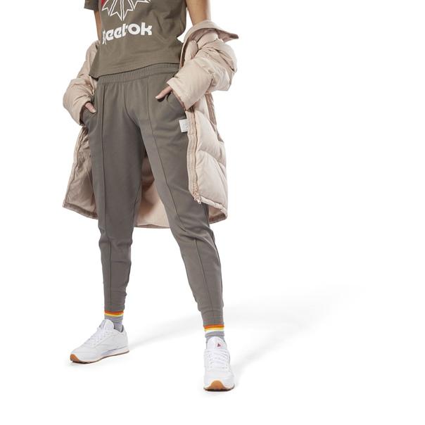 Трикотажные брюки Classics Advanced Carrot