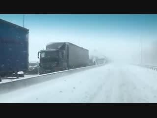 Снегопад в Ростове М4 дон