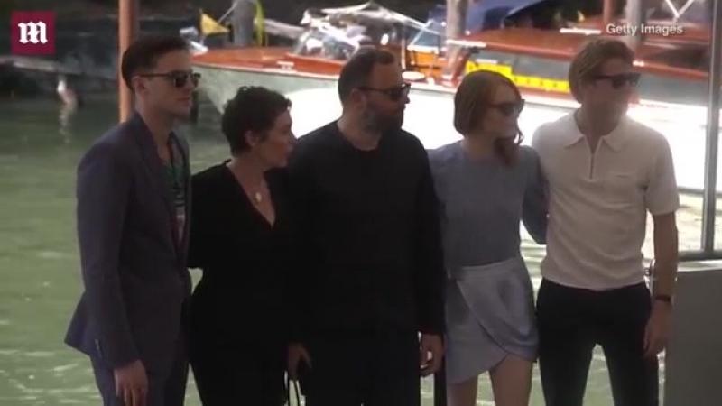 Emma Stone elegantly steps off boat at Venice Film Festival arrival