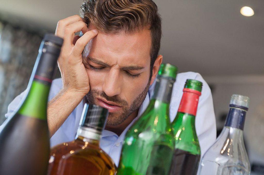 Жизнь без алкогольного влияния: как устранить зависимость от спиртного