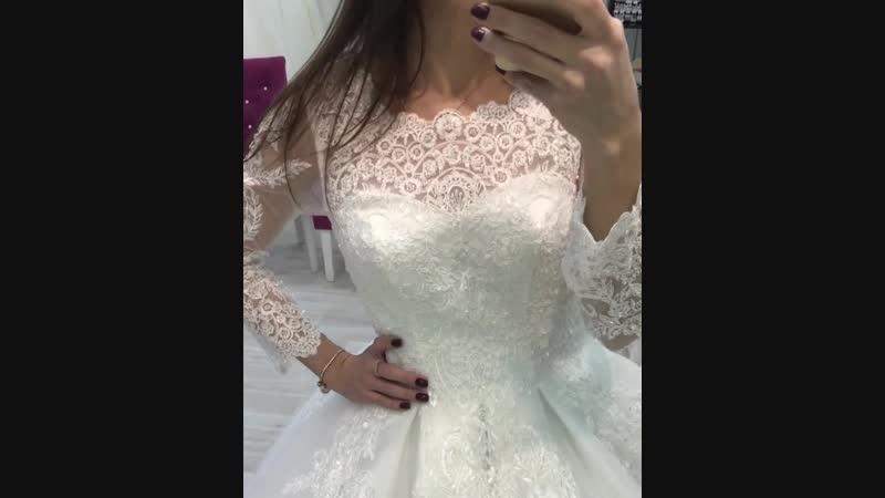 В наличии в свадебном садоне ЛИЛИЯ