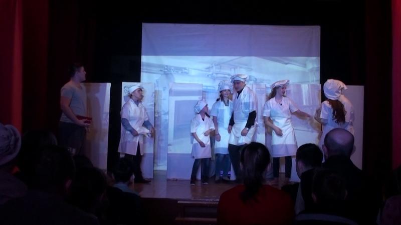 Школьный театр Голос с Мальта Иркутской области Спектакль Цветы для Элджернона