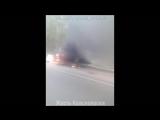 Трасса Красноярск Дивногорск, горит газель.