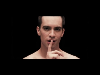 Panic! At The Disco – Girls/Girls/Boys [OFFICIAL VIDEO]