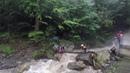 Спасатели ЮРПСО переправили группу туристов через ручей