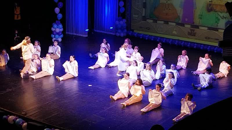 Новогодний концерт студии танца Монплезир 18.12.2018