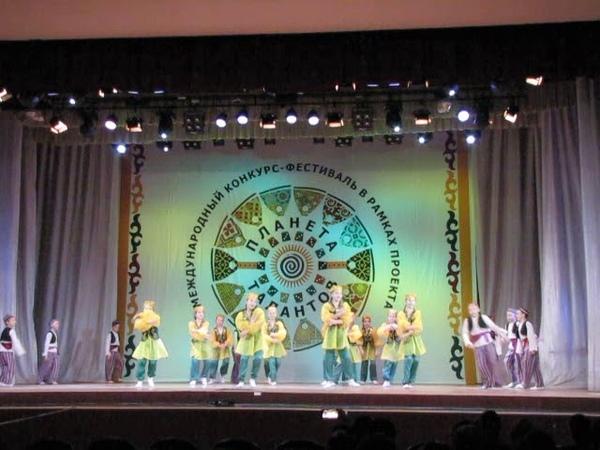 №16 Ансамбль танца Улыбка Узбекский танец Dance Ensemble Smile Uzbek Dance