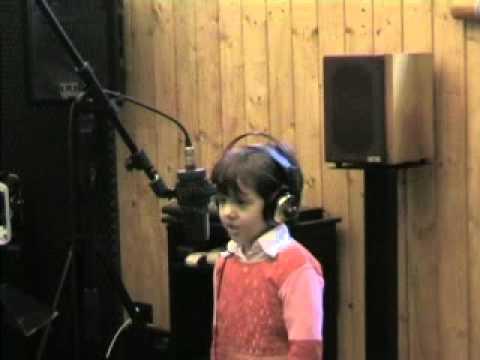 Giada, 5 anni, canta Adagio di Lara Fabian