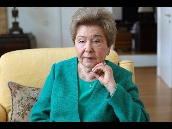 Пенсии хватает вдова Бориса Ельцина живет во дворце с кучей прислуги и садовником