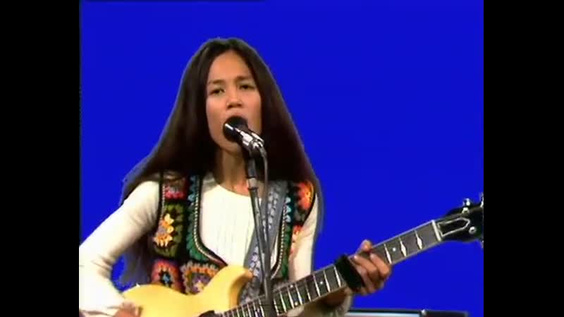 Fanny - Aint that peculiar - LIVE - 1972-11-25
