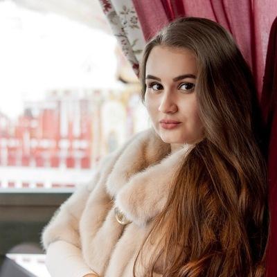 Алина Саляхова