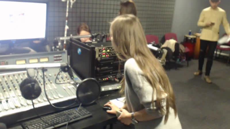 Live UMAKER - диджеи, радиоведущие и музыканты