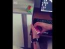 Попугай в деле