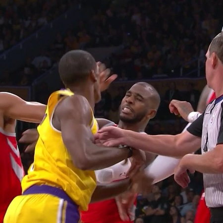 Bleacher Report в Instagram: «Rondo and CP3 threw hands in Lakers-Rockets brawl 😳»