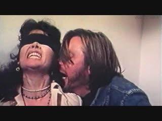 бдсм сцены(bdsm, похищение, бондаж, сексуальное насилие) из фильма: No alla violenza - 1977 год