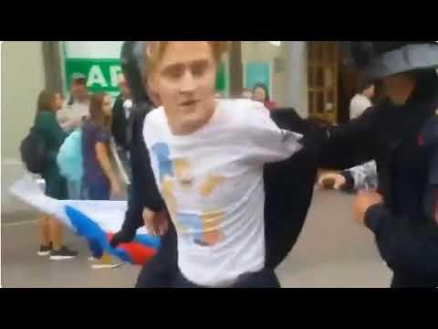 Воры и Убийцы Захватившие власть в России кидают своих Опричных Псов на инвалидов, детей и женщин