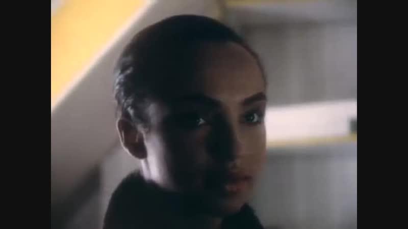 Sade - Smooth Operator (1984)