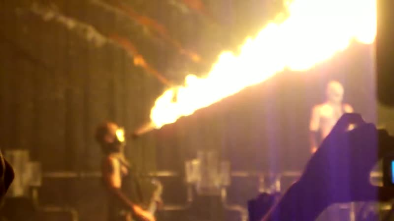 06. RAMMSTEIN Feuer frei! (live in Germany at The Velodrom (Berlin) (21.12.09)