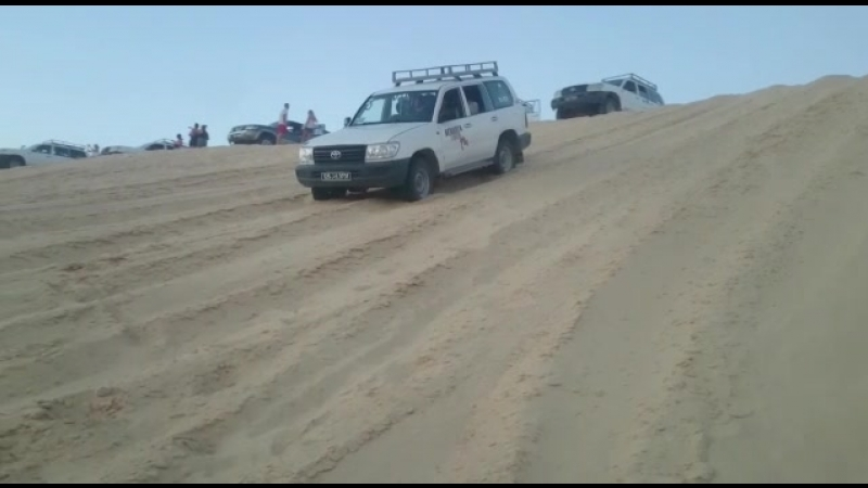 Letoile du Djerba. На джипах по песчаным барханам Сахары 🏜