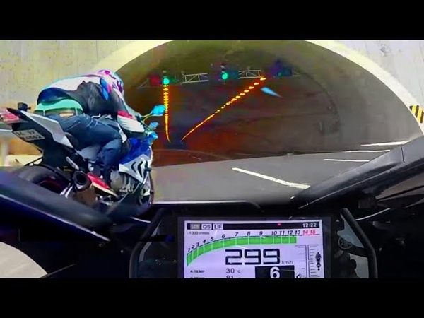 YZF-R1 CAUGHT SPEEDING ON A TUNNEL — 😱 reaching max speed non stop til end
