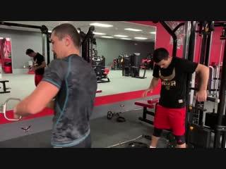 Тренировка боксёра по науке. Наработка физической и силовой подготовки