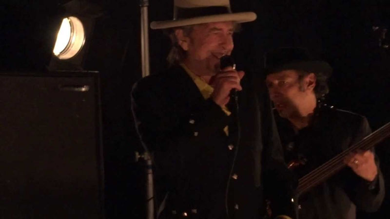 Bob Dylan w/ Mark Knopfler - Things Have Changed - Live in St. Paul MN - Xcel Energy Center 2012