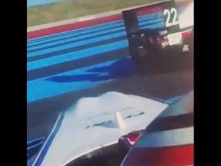 Разворот Артура Леклера в гонке Формулы-4.