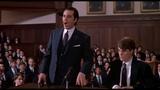 Мистер Слэйд защищает Чарли на заседании дисциплинарного комитета.