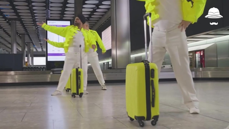 Носильщики станцевали в аэропорту Хитроу