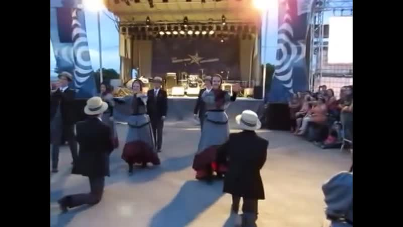 Traditional Quebec Dance - Mackinaw Folk Ensemble in Montreal (August 30, 2014).